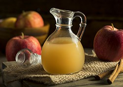 Natural Organic Apple Cider Vinegar Hair Rinse