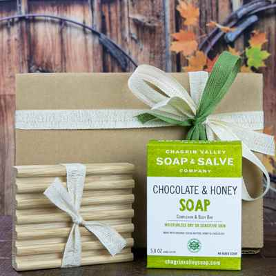 Gift: Natural Soap Bar & Soap Deck